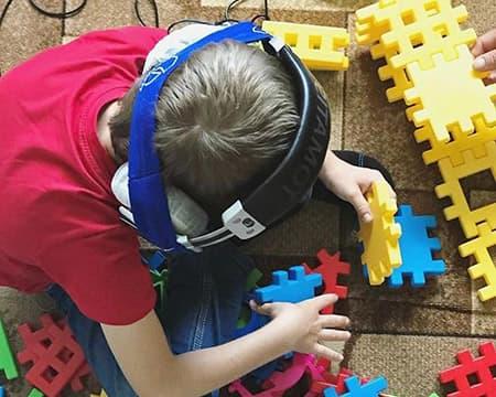 ala5 - Как помочь ребенку с аутизмом справиться с гиперчувствительностью к звукам: все о достоинствах метода Томатис